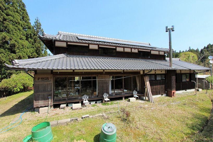 奈良県宇陀郡曾爾村塩井日本家屋外観の北面