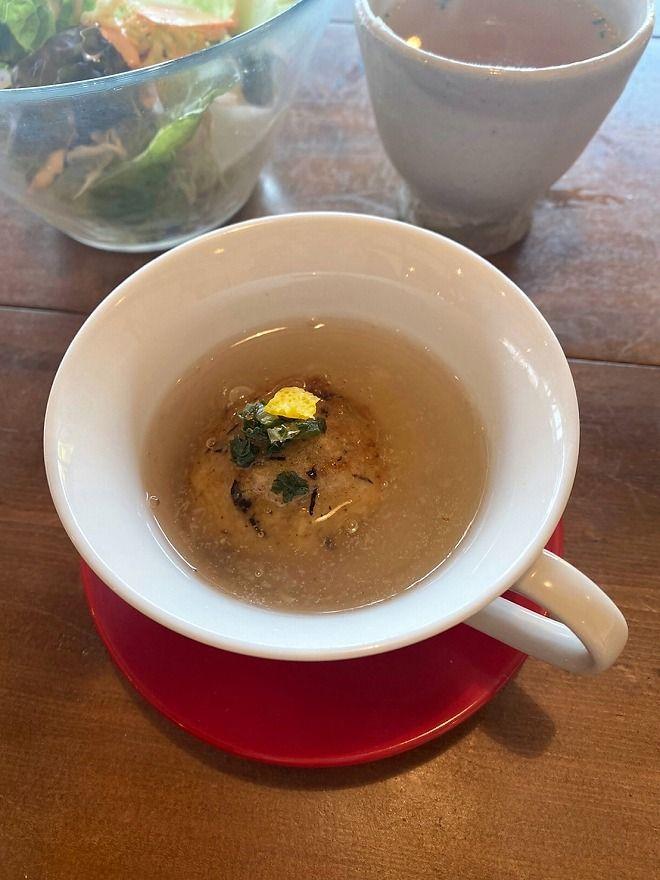 ヒルトコcafeのあんかけレンコン饅頭
