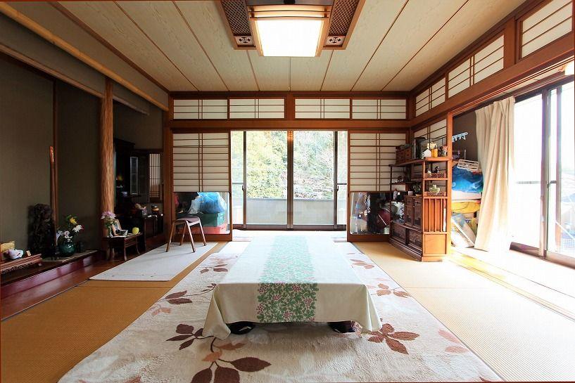 京都市北区衣笠赤阪町戸建の床の間のある和室