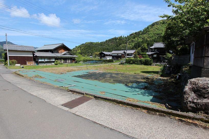 福井県三方上中郡若狭町日本家屋の駐車&菜園用地