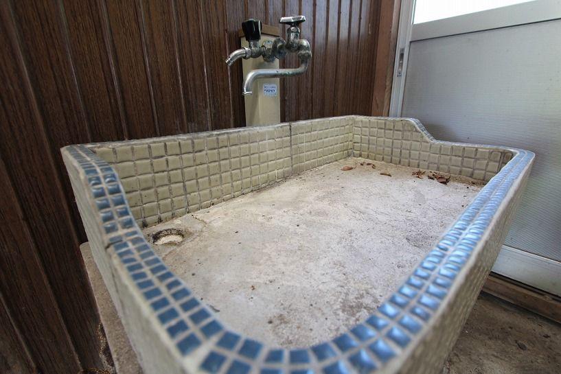 伊賀市奥馬野古民家の土間手洗い