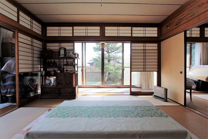 京都市北区衣笠赤阪町戸建の6帖間の和室