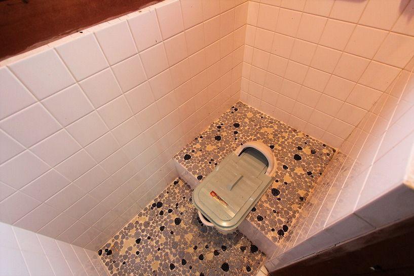 大津市大物中古別荘物件のトイレ