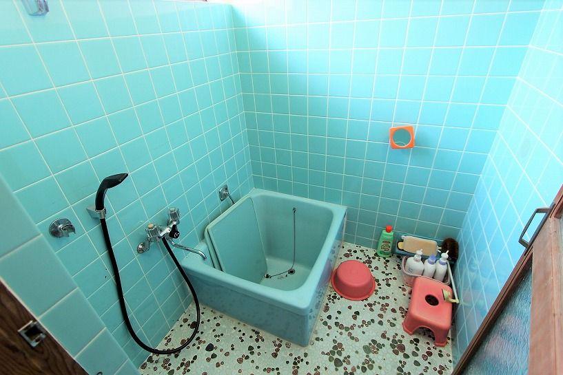 大津市大物中古別荘物件のお風呂