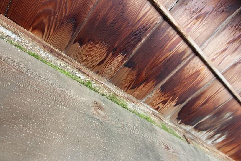 伊賀市摺見古民家の母屋縁側天井