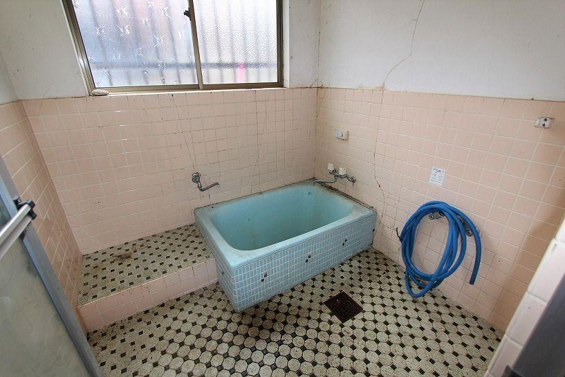 兵庫県美方郡香美町小代区鍛冶屋古民家のお風呂