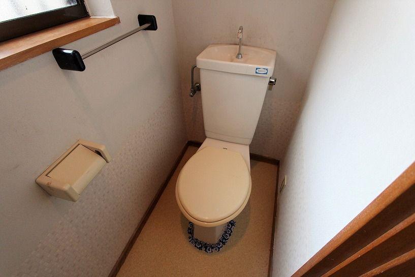 河内長野市美加の台日本家屋トイレ
