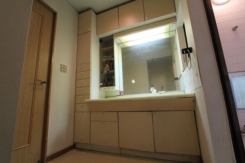 河内長野市美加の台日本家屋洗面化粧台