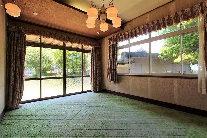 福井県三方上中郡若狭町日本家屋の洋室