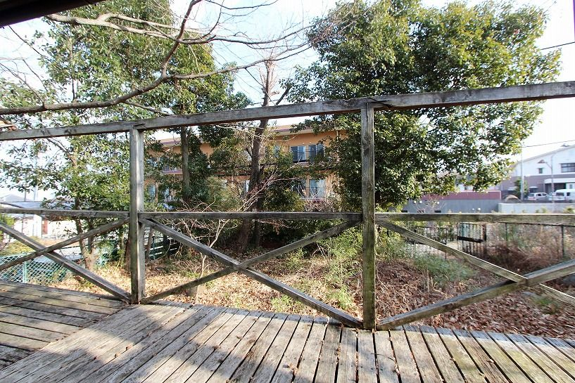 大津市大物中古別荘物件ウッドデッキからの眺め