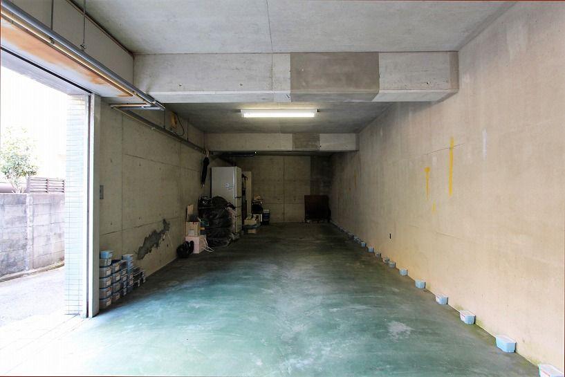 京都市北区衣笠赤阪町戸建の駐車スペース