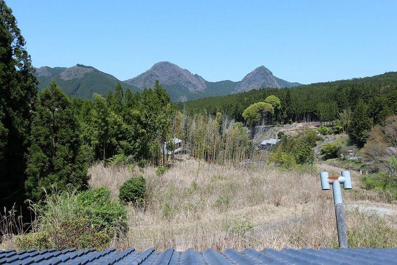奈良県宇陀郡曾爾村塩井日本家屋の眺望