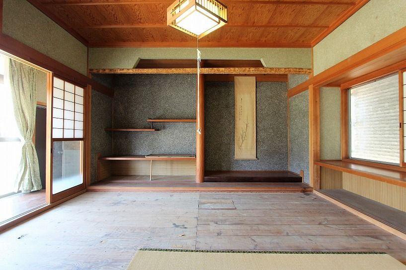 三重県伊賀市比土の平屋古民家離れの和室