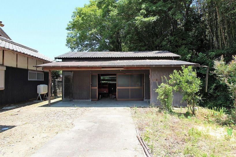 三重県伊賀市比土の平屋古民家の倉庫
