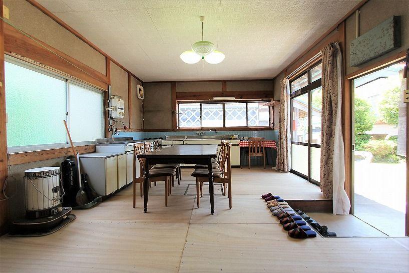 福井県三方上中郡若狭町日本家屋のリビング&ダイニング