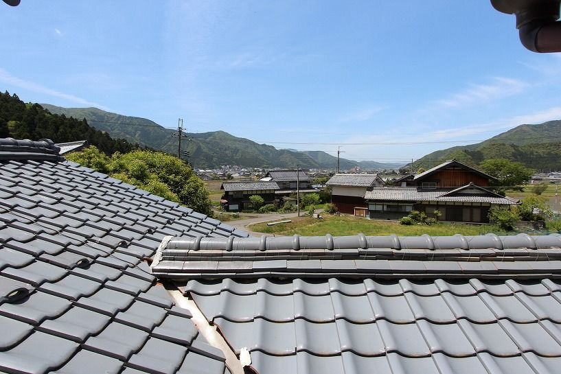 福井県三方上中郡若狭町日本家屋からの眺望