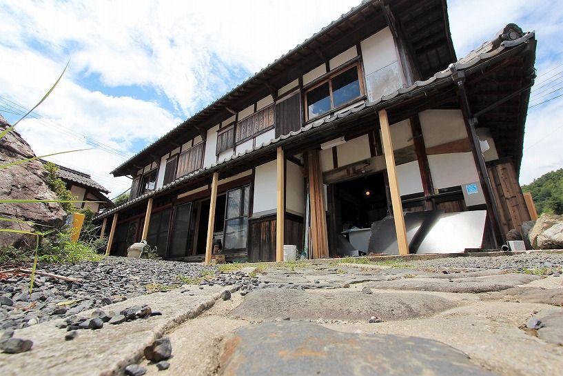 滋賀県長浜市野瀬町再生古民家の母屋